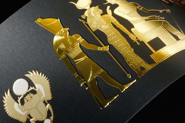 Microembossing, gold.